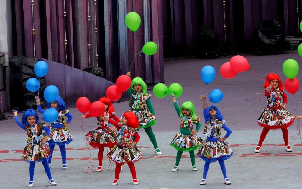 Fotos Desfile disfraces infantiles Carnaval 2012 Parque de