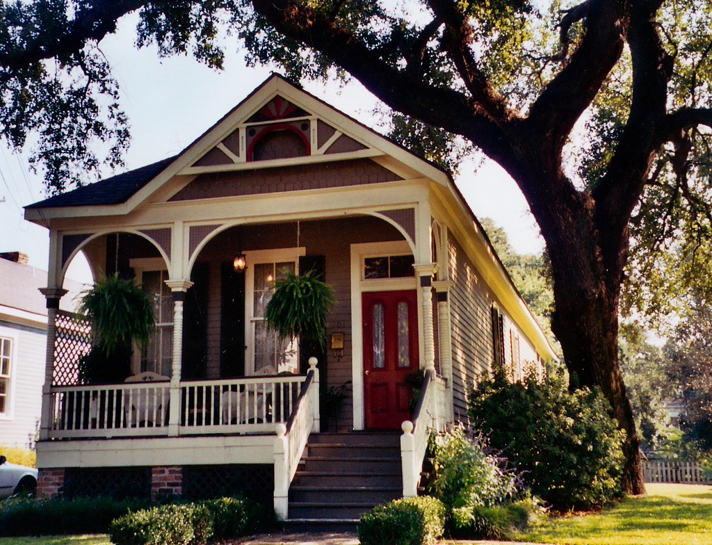 Example Of Quaint Historic Homes In Mobile Alabama Flickr