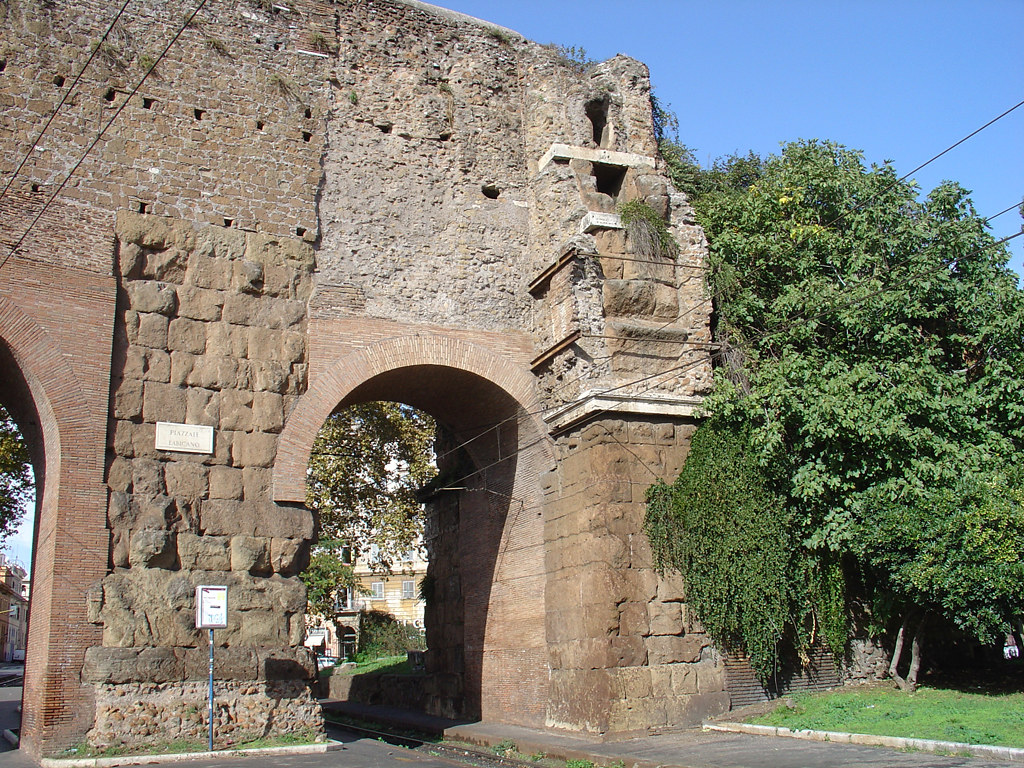 Porta maggiore aqueduct lines marcia tepula julia flickr for Porta maggiore