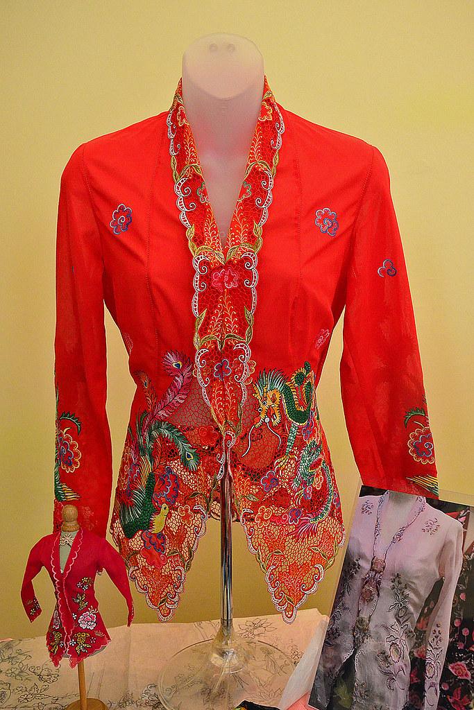 Nonya Kebaya Embroidery 2 Display Of The Nyonya Kebaya Em Flickr