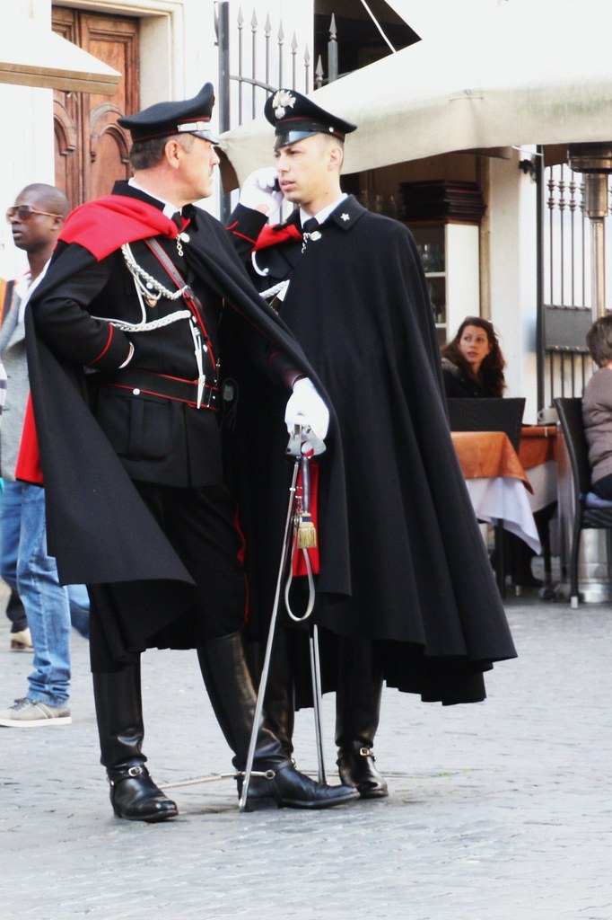 Carabinieri italian military police picture taken at for Italian uniform