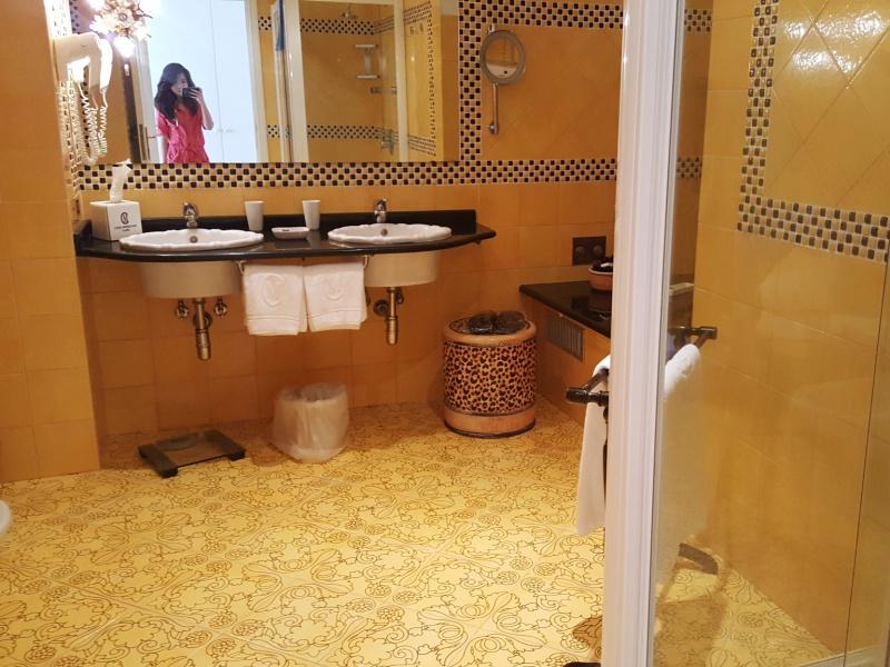 Casa Morgano bathroom
