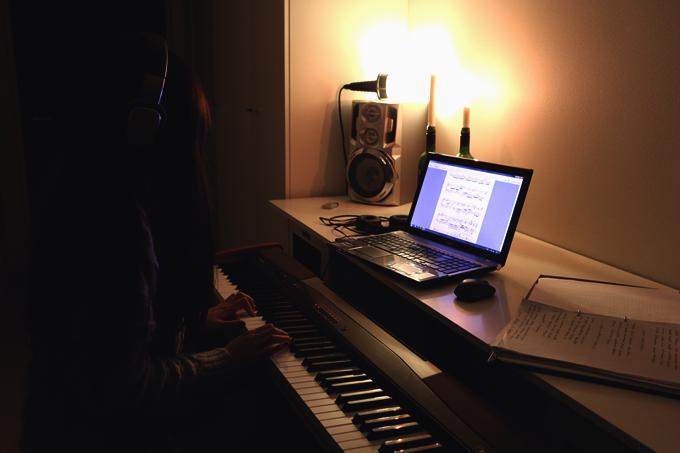 piano 027