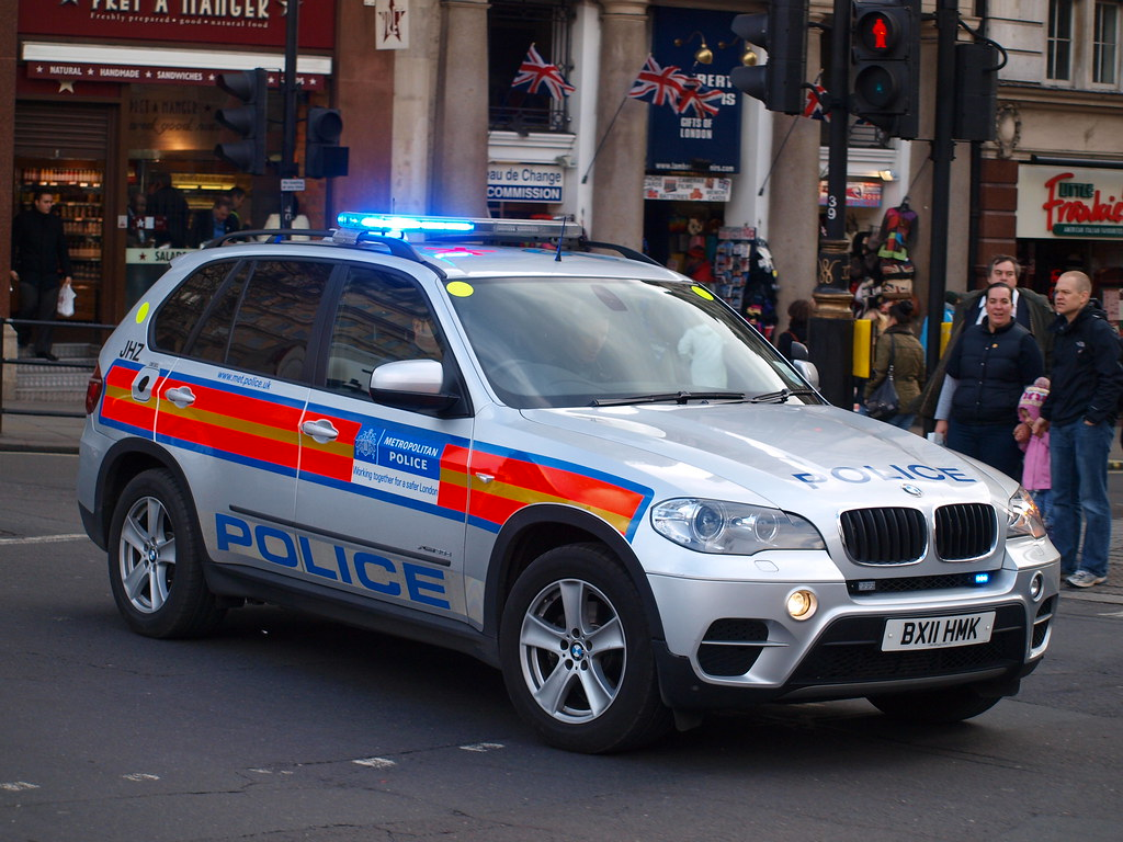 Metropolitan Police Bmw X5 Armed Response Vehicle Bx11