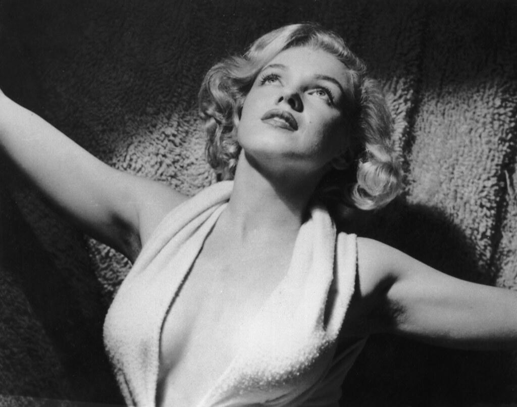 Citaten Marilyn Monroe Itu : Marilyn monroe circa portrait of american