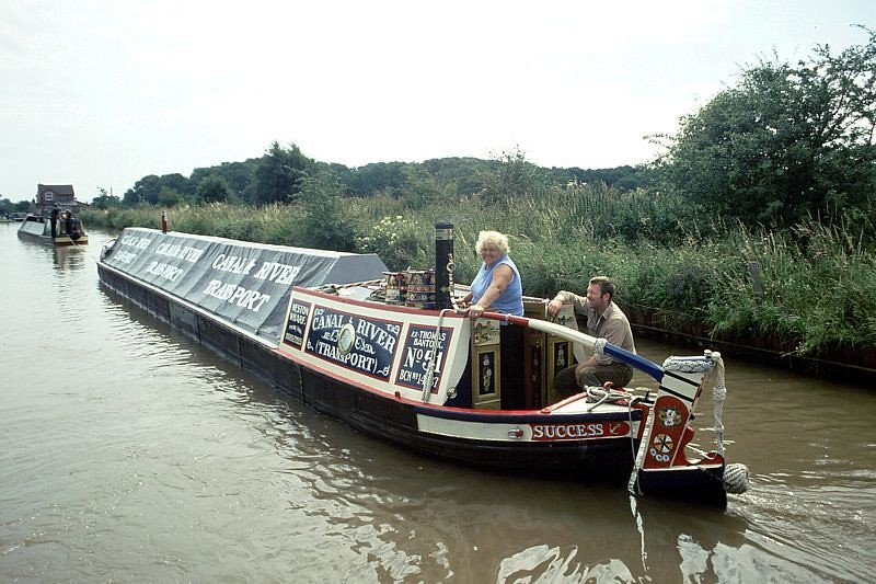 Working Boats 2 Working Narrow Boat Success On The