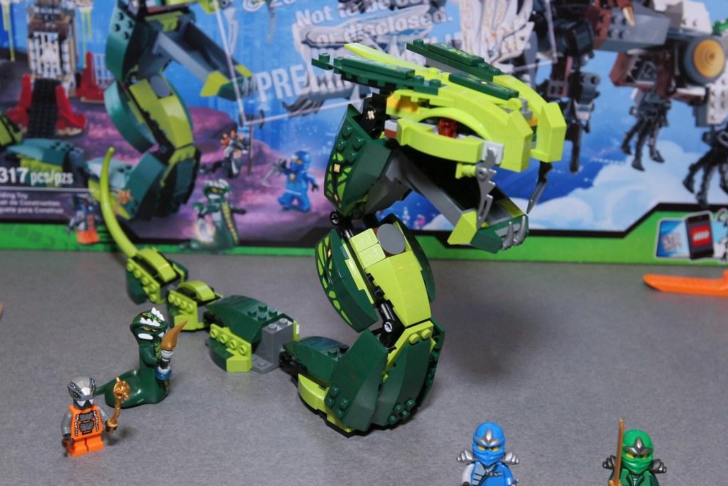 Toy Fair 2012 Ninjago 9450 Epic Dragon Battle 12