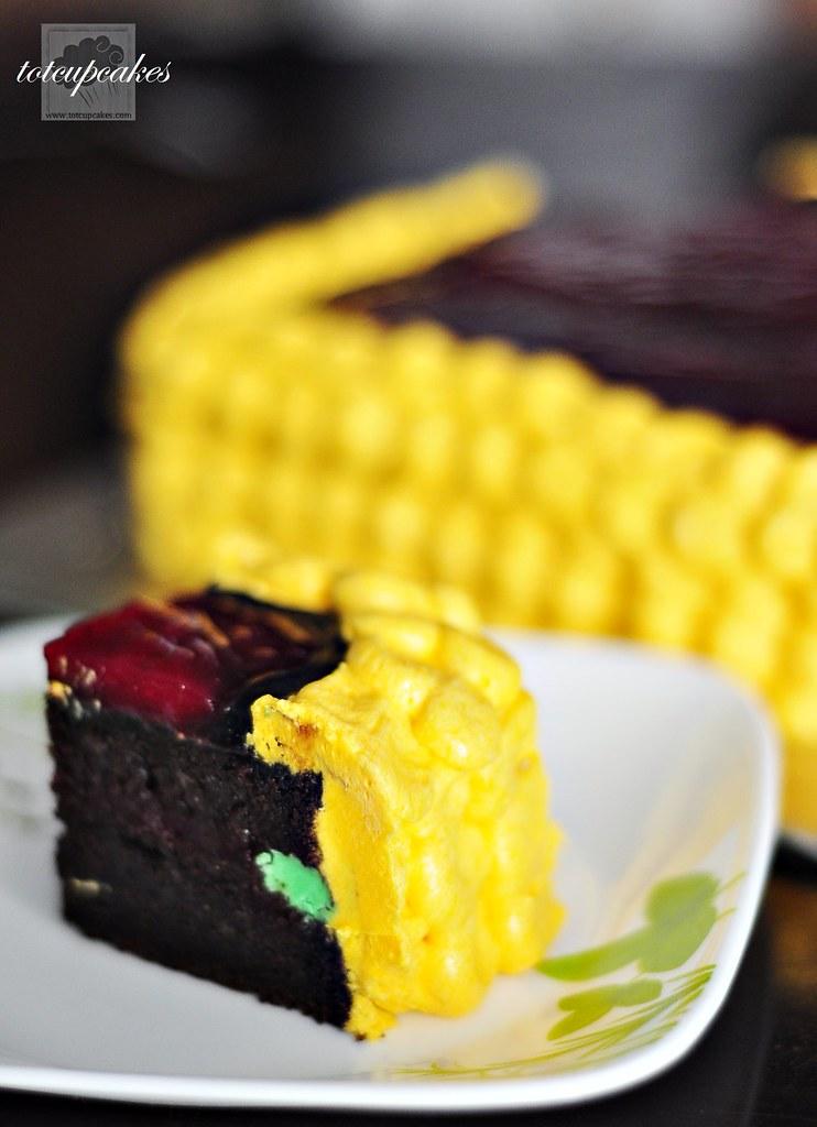 Moist White Cake With Sour Cream