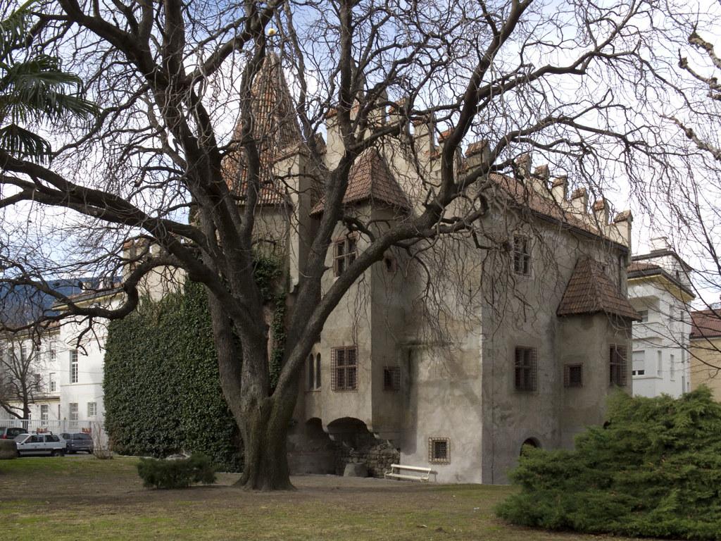 Castello principesco landesf rstliche burg iii for Azienda soggiorno merano