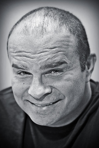 Tie Domi | by A. d'Oliveira