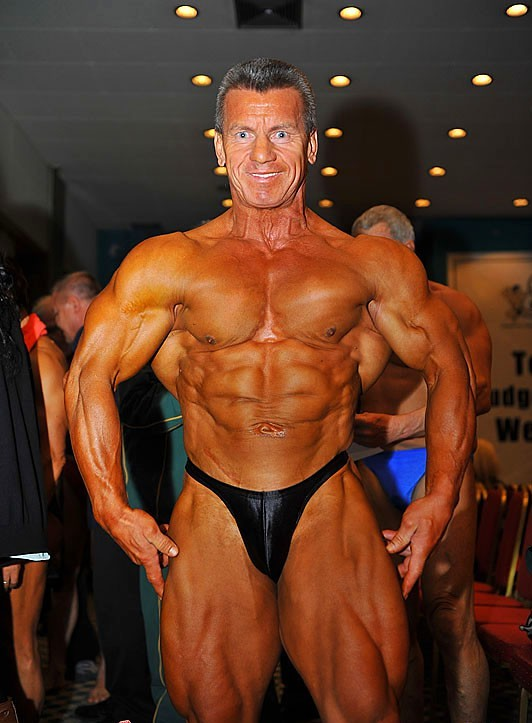 Mature Muscle Men Galleries 40