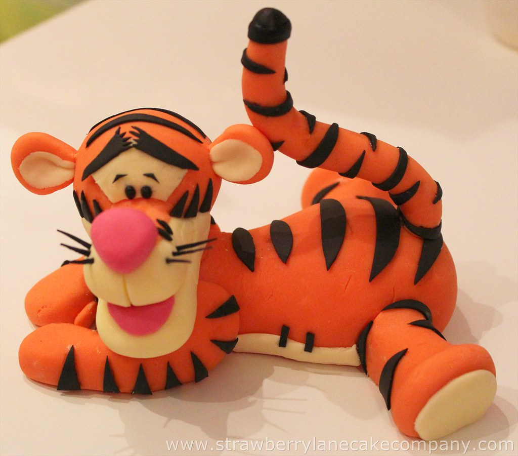 Baby Pooh And Tigger Cake Topper