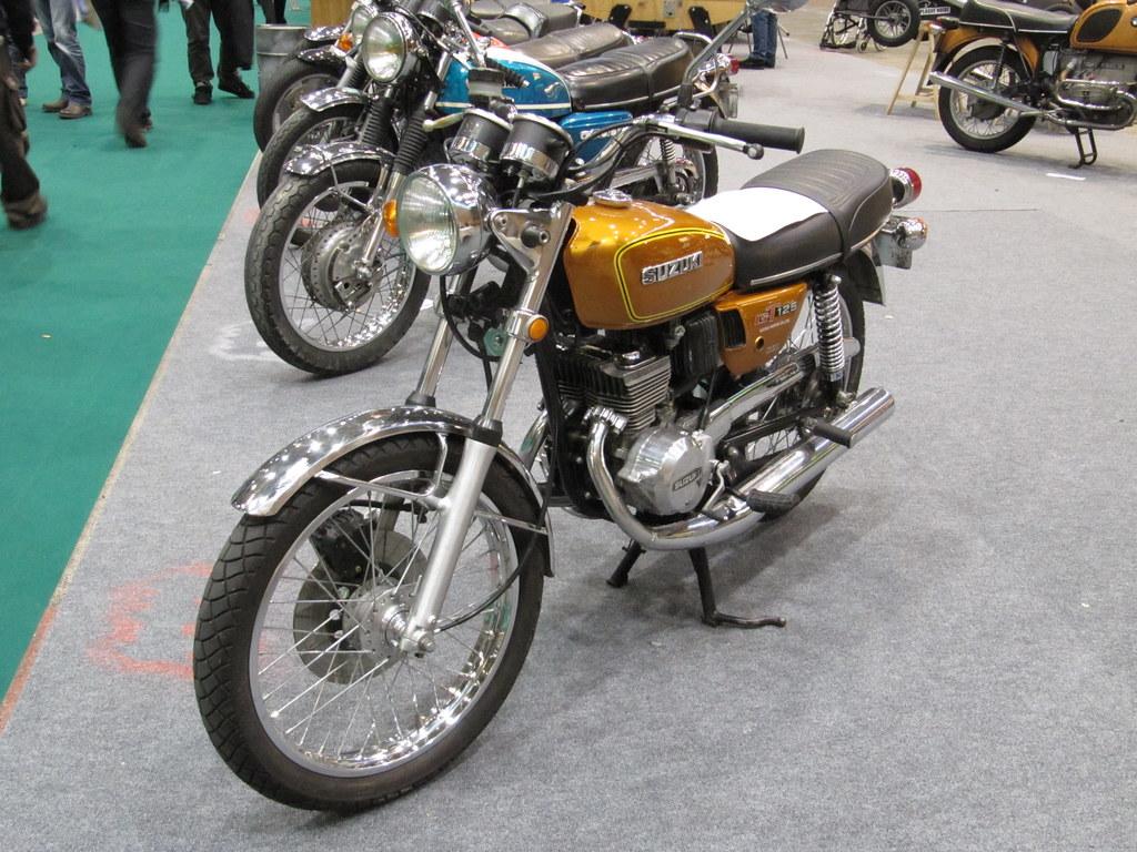 Suzuki B