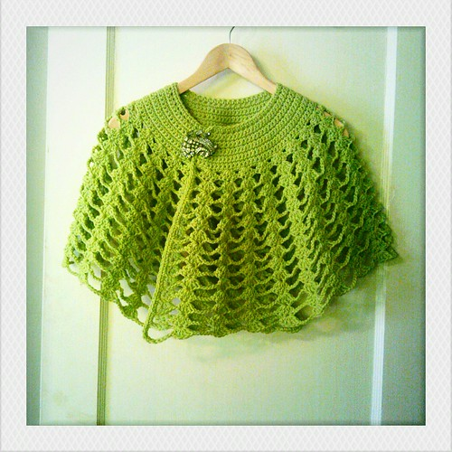 Free Capelet Knitting Patterns : crochet capelet blogged Adaiha Covington Flickr