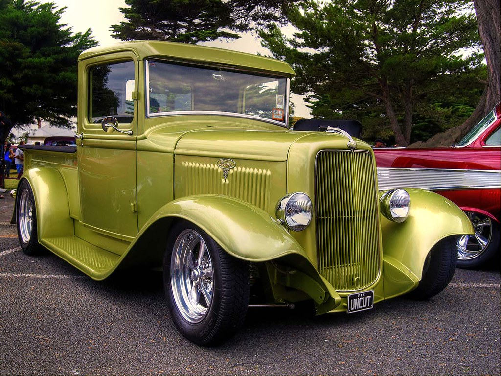 1934 ford pickup this great looking ford pickup has. Black Bedroom Furniture Sets. Home Design Ideas
