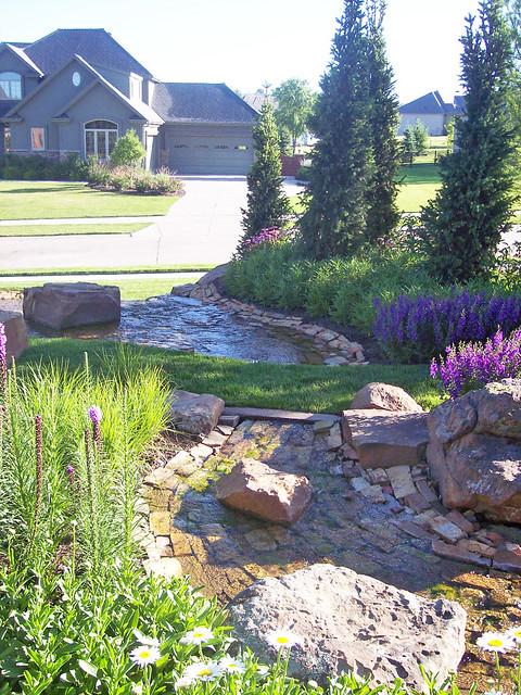 26 good backyard designs omaha for Landscape design omaha