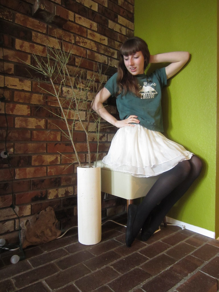 Rah Rah Pin Vinage Sweatshirt Garage Sale Skirt