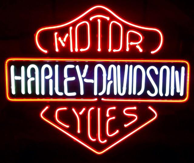 Harley Davidson Motorcycle Bar Shield Logo Neon Table Or: Harley Davidson Bar And Shield Neon Sign Light