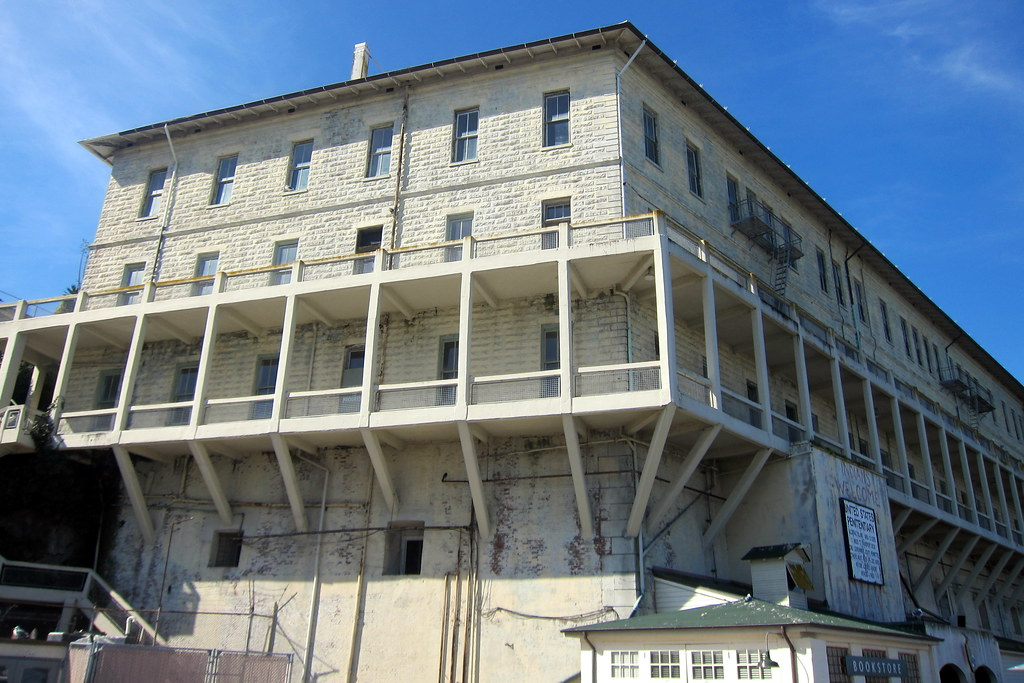 Bastion Apartments New Orleans
