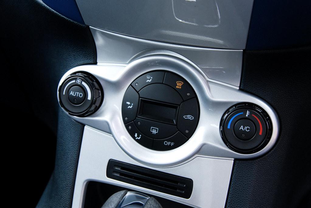 Fiesta sport 4 door interior 18 ford asia pacific for 18 inch interior door white