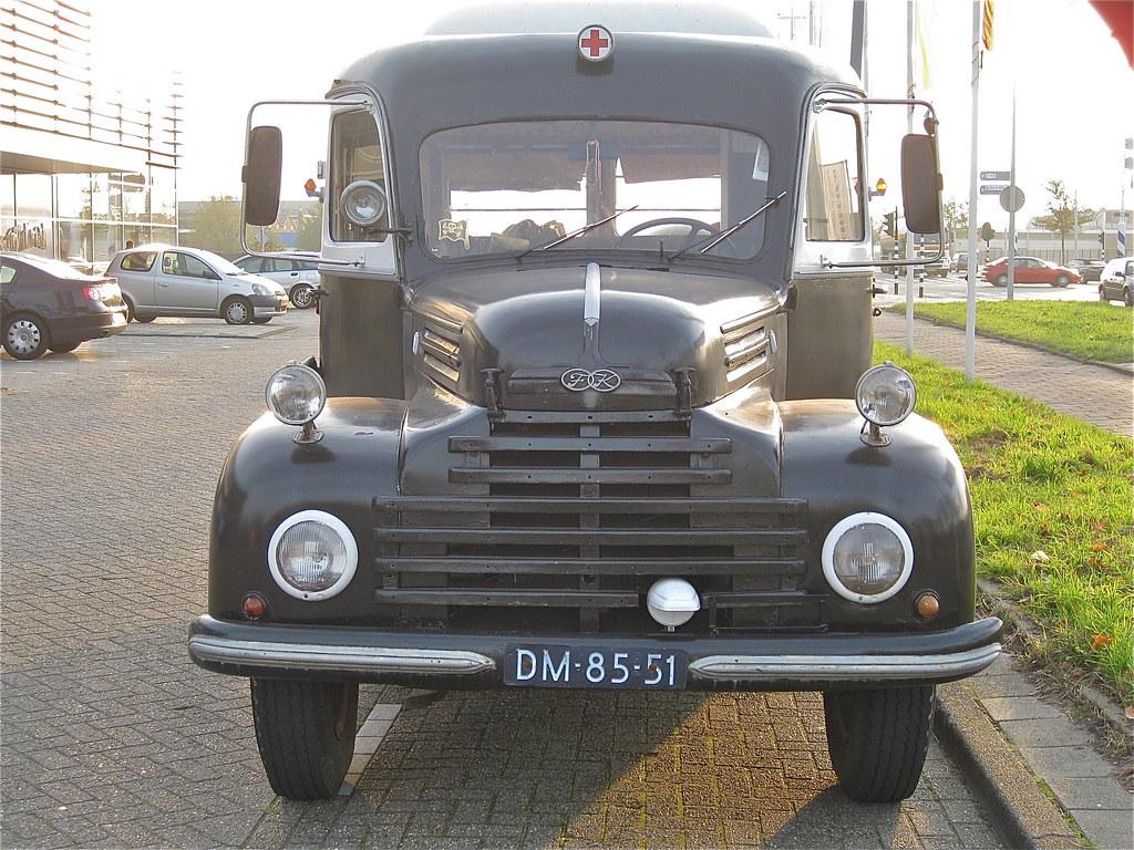 ford k ln trk 4l v8 army ambulance 30 6 1955 ex army amb flickr. Black Bedroom Furniture Sets. Home Design Ideas