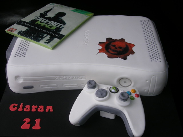 Xbox birthday cake with controller  Flickr - Photo Sharing!