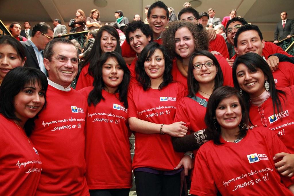 Brasil dona becas ministerio relaciones exteriores for Ministerio relaciones exteriores ecuador