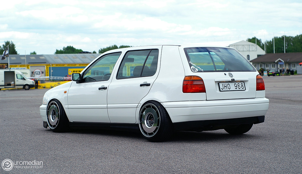 vw mk3 jetta slammed with 7359362996 on 5083441918 also 7359362996 additionally Mercedes Benz W108 300sel 1970 besides 554998354052679616 besides Car spotlight gt gt low flying golf.