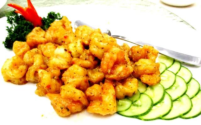 Sarawak Club butter prawns