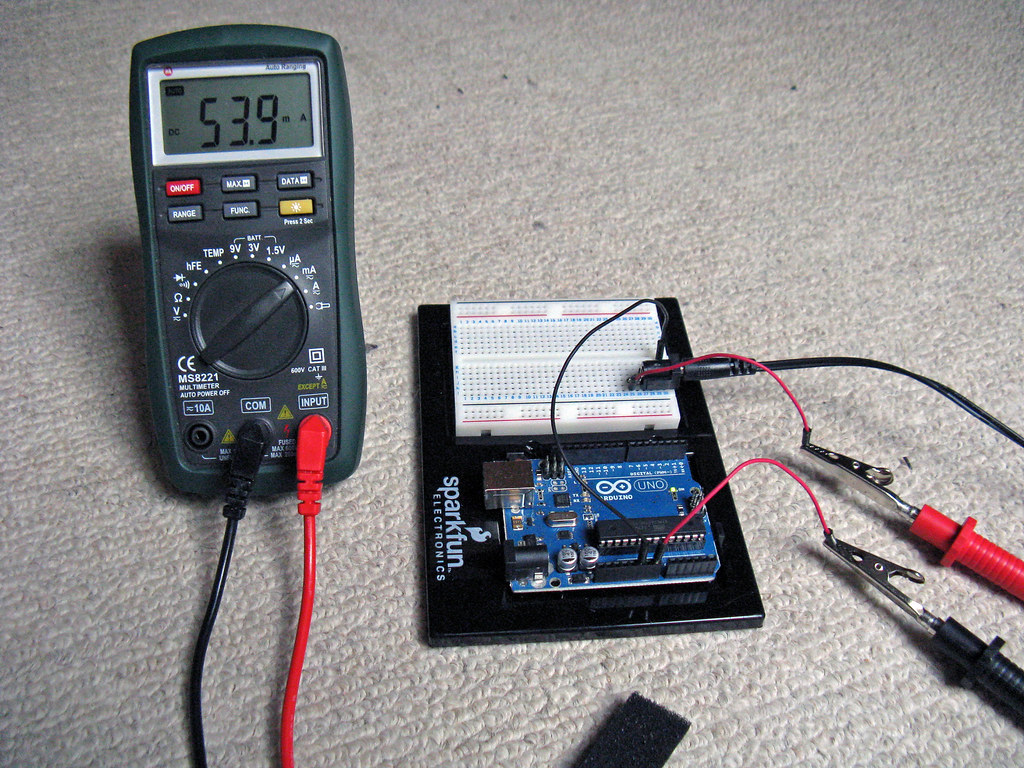 Measuring the current draw of an arduino uno multimeter