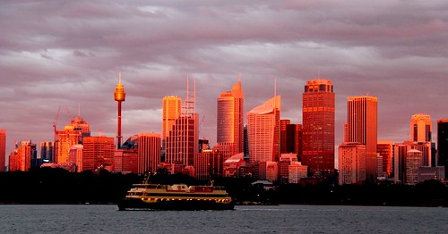 Dawn on Sydney Harbour (June 2012) | by janie.d (urban burbler)