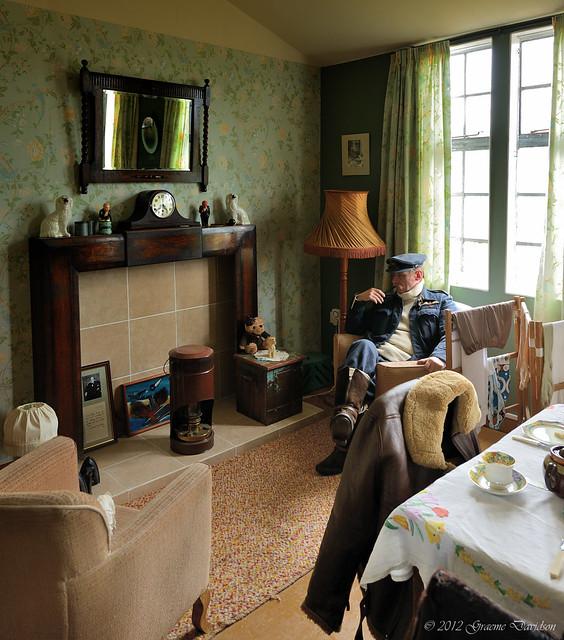 Montrose air station 1940s room 2012 05 05f flickr for Living room 1940