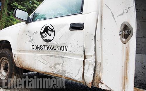 140424 - 恐龍電影《侏儸紀世界 Jurassic World》上週開鏡!續集系列籌備中、男主角拍檔可望一同存活!【11/27更新】