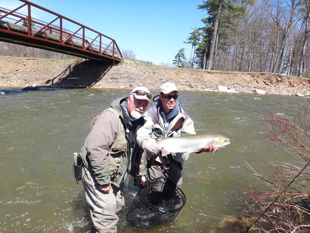 Fishing Great Lakes Steelhead near Toronto
