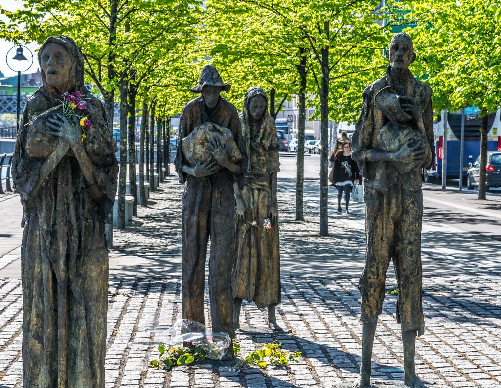 FAMINE MEMORIAL BY ROWAN GILLESPIE DUBLIN DOCKLANDS CUS