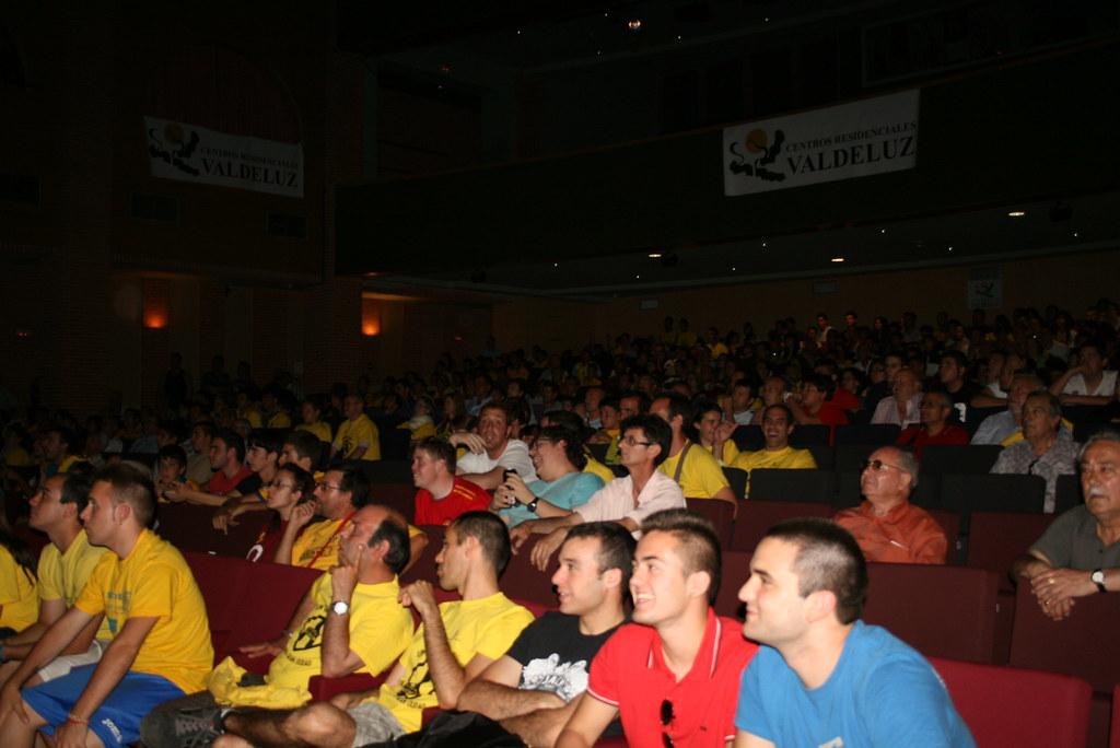 Teatro buero vallejo en alcorc n pantalla gigante para - Teatro buero vallejo alcorcon ...