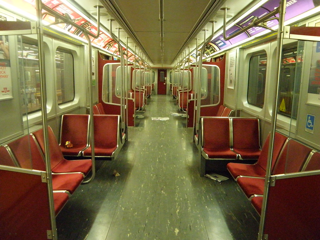 t 1 subway car interior frank deanrdo flickr. Black Bedroom Furniture Sets. Home Design Ideas