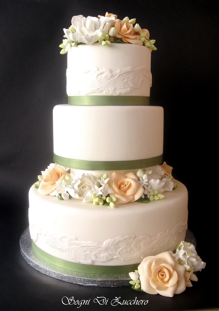 white and peach wedding cakes ivory and wedding cake letizia bruno flickr 27215
