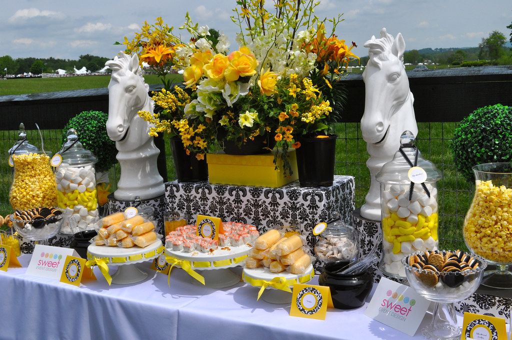 sweet event design kentucky derby gold cup candy dessert t. Black Bedroom Furniture Sets. Home Design Ideas