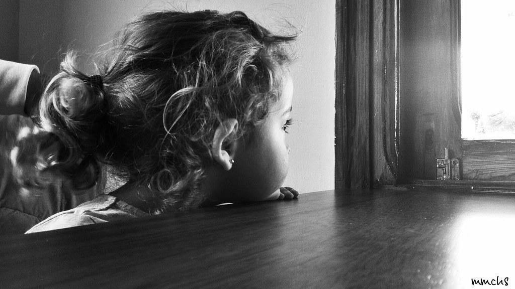 foto niña blanco y negro