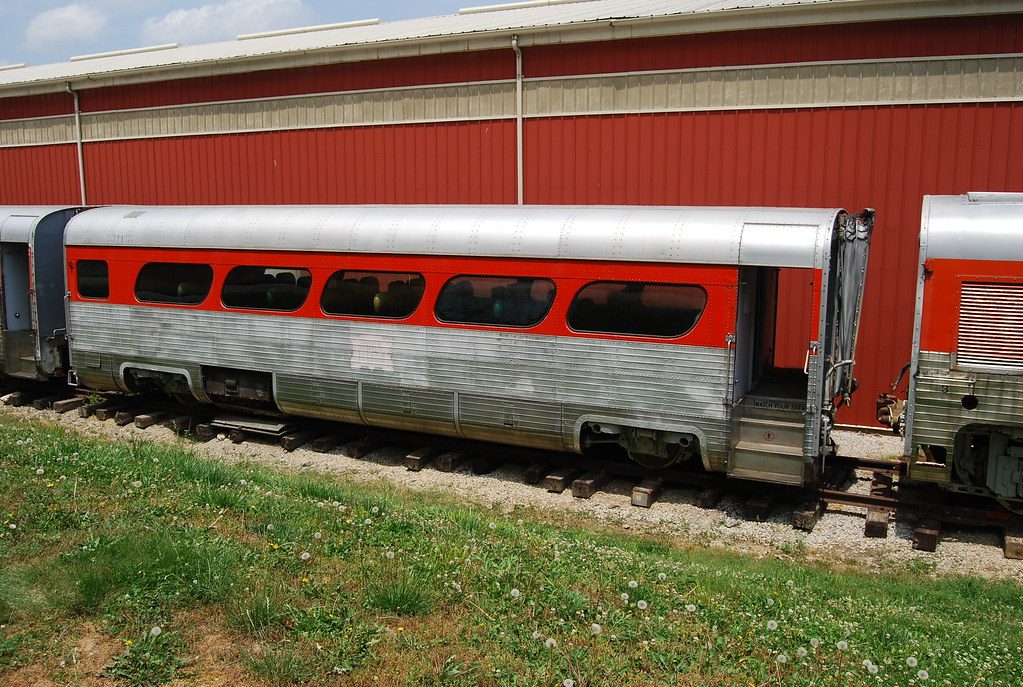 Gm Aerotrain This Late 50 S Effort By Gm Was Supposed To