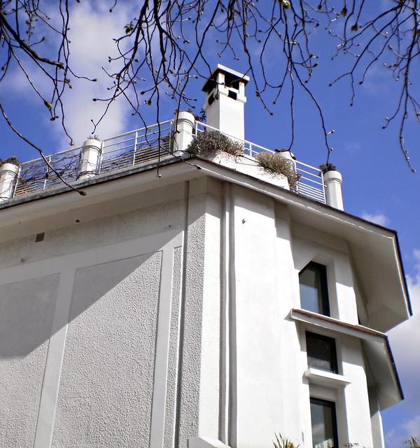 Art Deco Paris Apartment: ART-DECO. MONTMARTRE, Paris, France