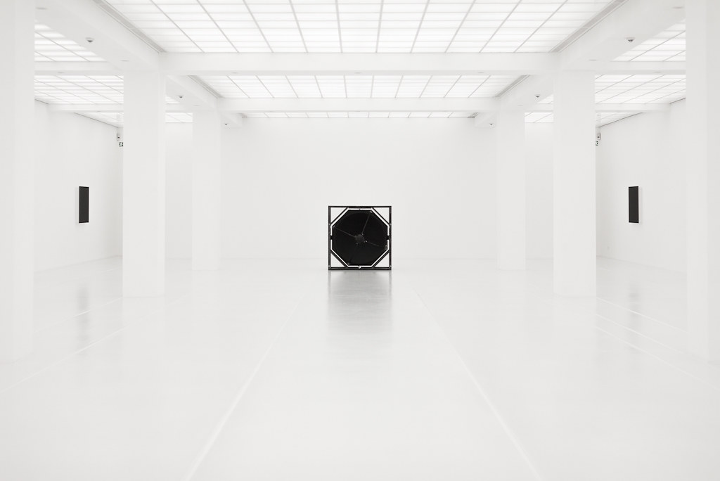 Exhibition Room D : White room at hamburger bahnhof berlin on a exhibition