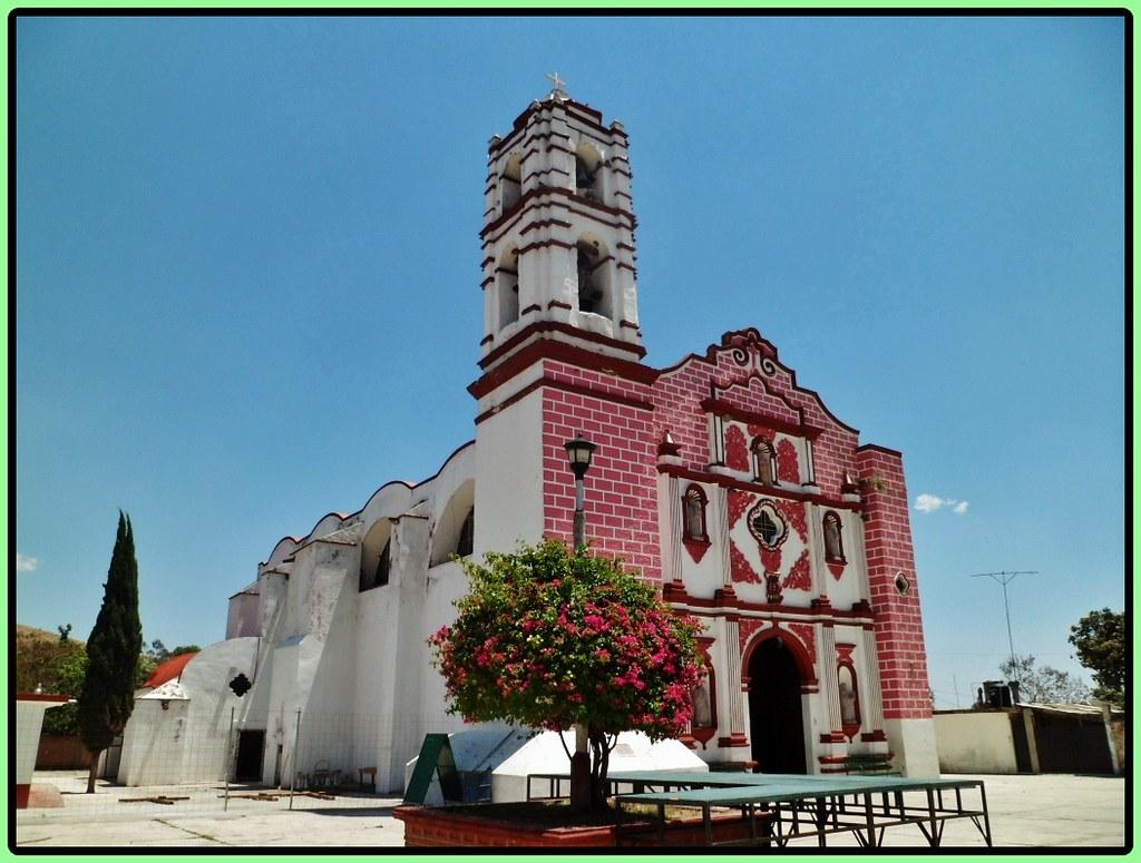 Parroquia San Pedro Apóstol, Tecomatepec,Ixtapan de la Sal ...