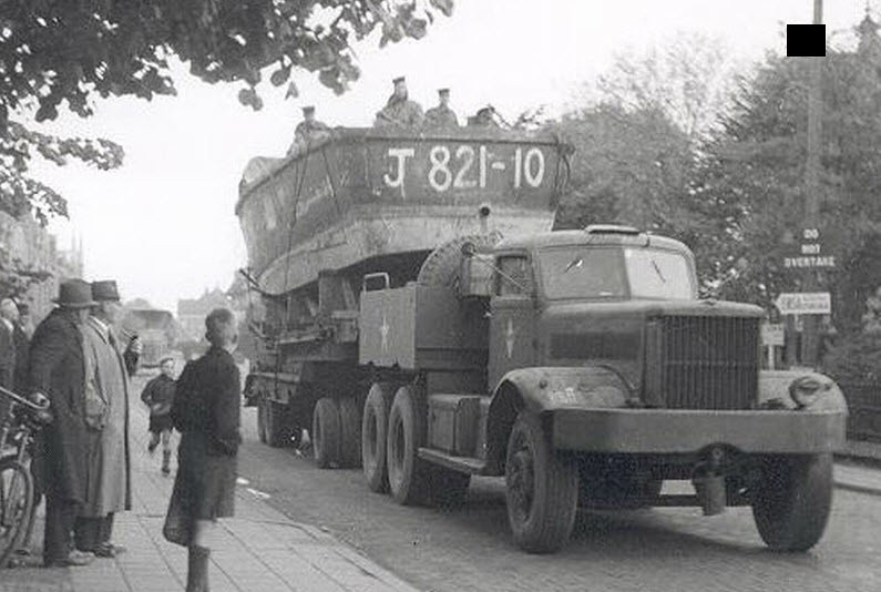 DIAMOND truck WW2 in holland | hearing1 | Flickr