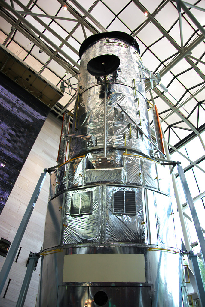 Hubble Space Telescope - Smithsonian Air and Space Museum ...