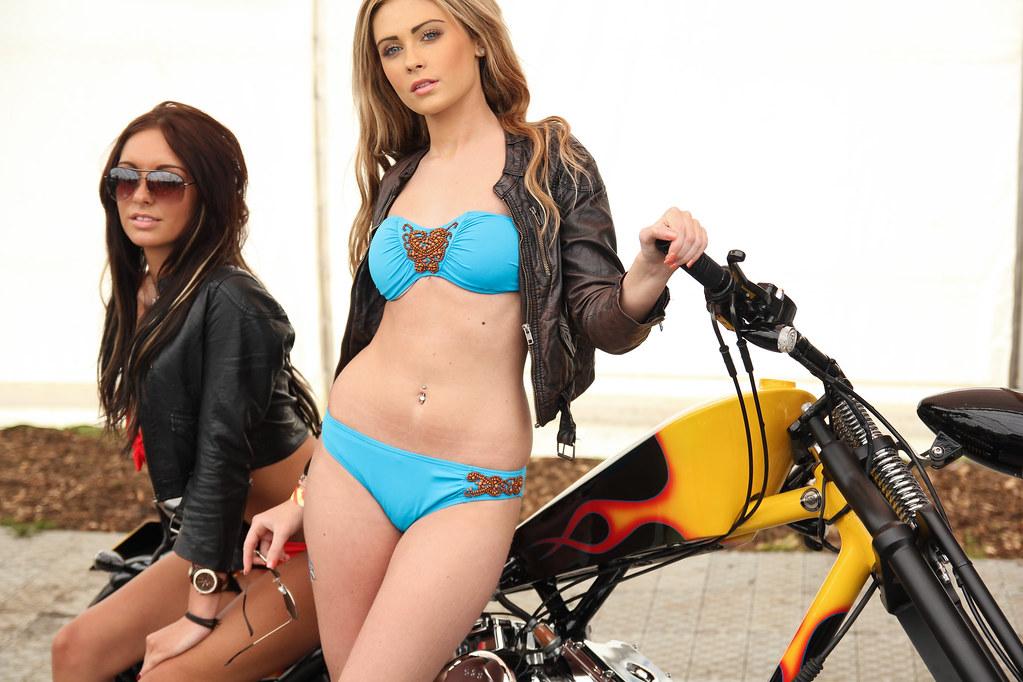 Custom Leather Motorcycle Seats Harley Davidson