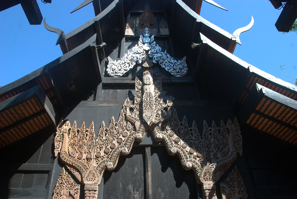 Multi-tiered roof  Baan Dam, Chiang Rai, Thailand Baan ...