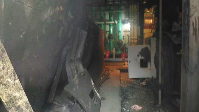 PT箱後冷卻風扇外箱因氣爆毀損  資料提供:黃國昌國會辦公室