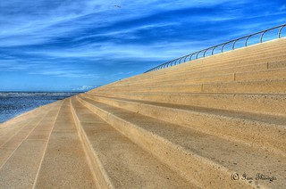 Blackpool Sea Front ... If You Keep Walking Down The Steps You Will Fall In The Sea | by TopSausageLobber
